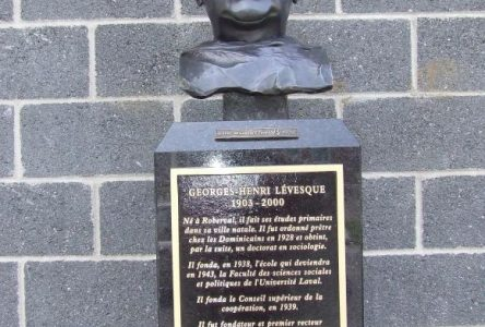 Deux autres bustes pour le Circuit des bronzes de Roberval