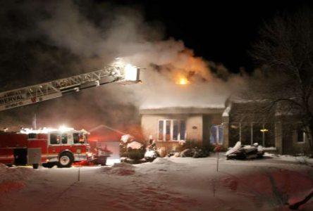 Un incendie endommage lourdement une résidence de Roberval