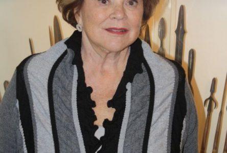 Janette Bertrand fait salle comble à la Bibliothèque Georges-Henri-Lévesque de Roberval