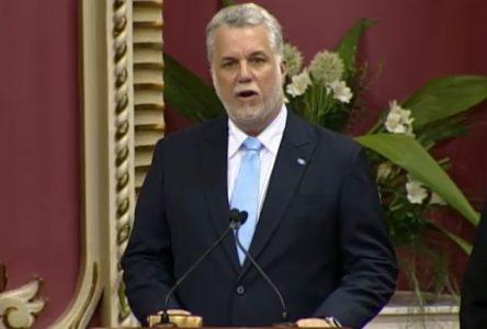 Les partis de l'opposition dressent un bilan négatif du gouvernement Couillard