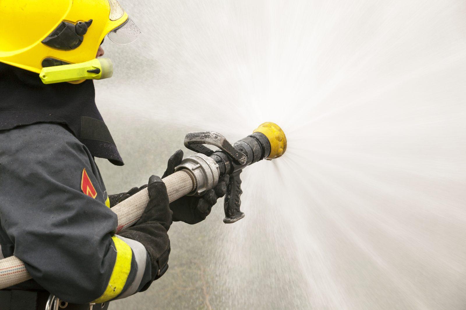 Un immeuble à logements est la proie des flammes à Saint-Félicien