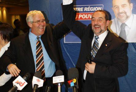 Denis Lebel joint un gouvernement conservateur majoritaire