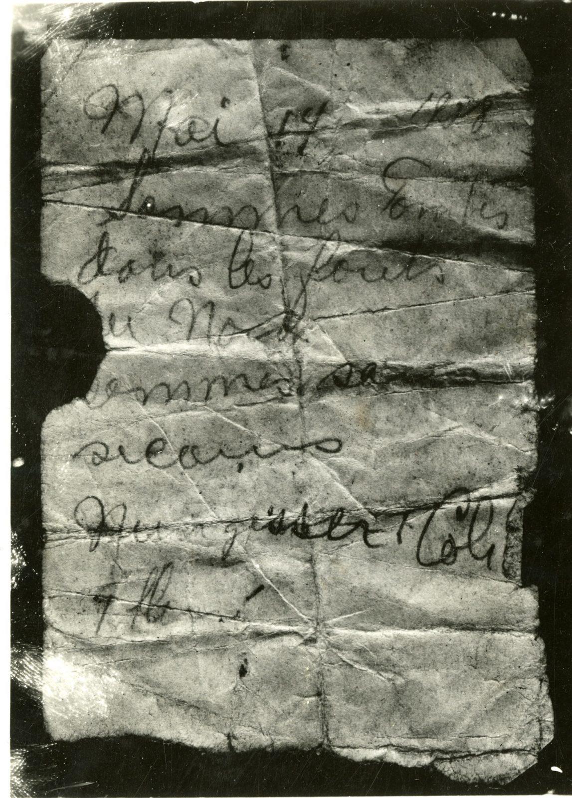 Le mystère du message dans la bouteille de la rivière Péribonka : Simple canular ou découverte incroyable?
