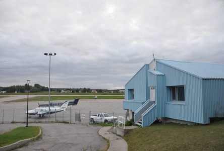 Aéroport de Roberval  des investissements de 1,3 M$ dans la mire