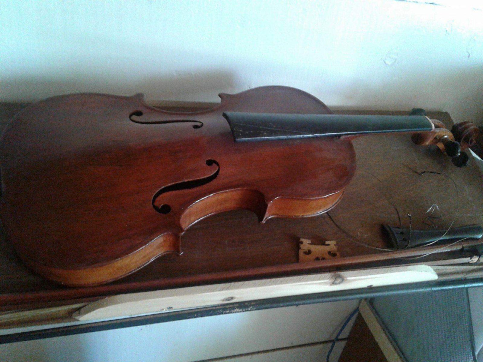 Le  violon rouge  du Lac-Saint-Jean (partie 1)