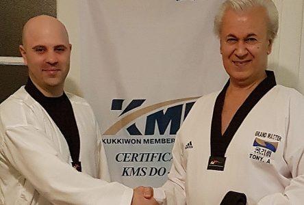 Carl Tremblay prend la relève de l'école de Saint-Prime de taekwondo