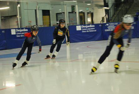 Les Lames Filantes de Roberval: moins de jeunes patineurs cette année.