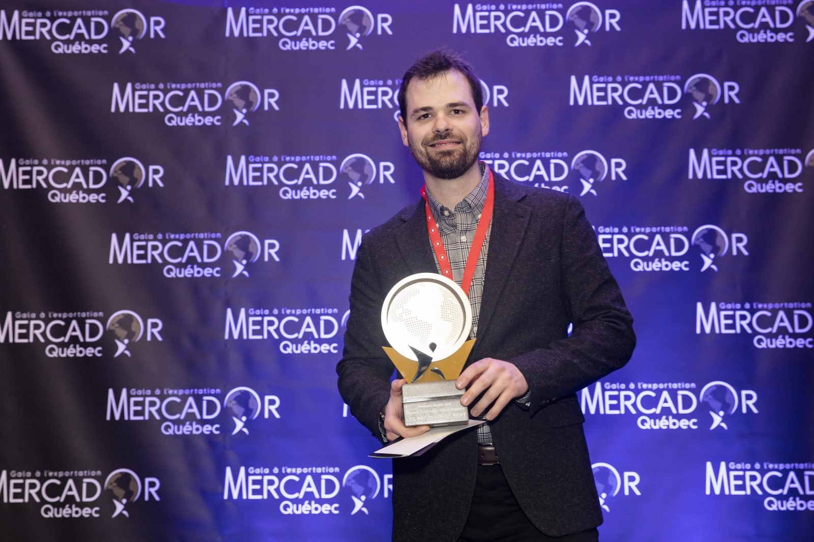 Produits Gilbert remporte un prix lors du Gala MercadOr Québec
