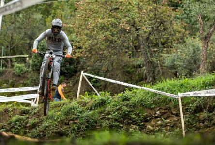 Victor Verreault nommé athlète Relève masculin de l'année en vélo de montagne