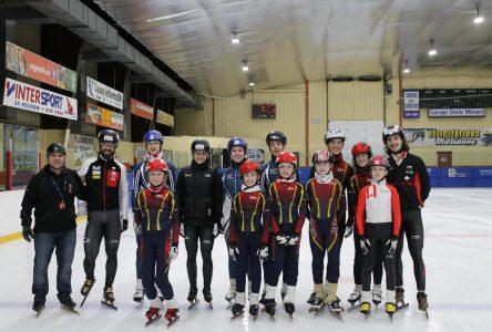 Club de patinage de vitesse courte piste: Les Éclairs continuent à développer des talents