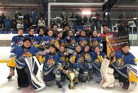 Ronde Atome Novice de Roberval : Les Sabres champions dans l'Atome AA