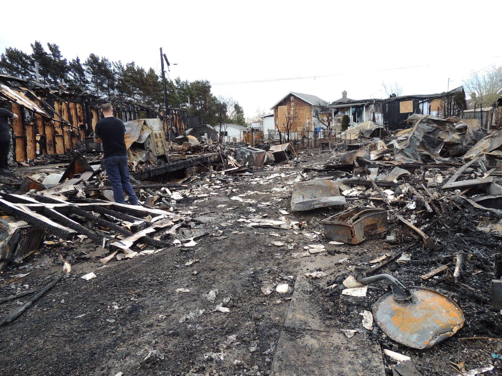 Un décor apocalyptique après l'incendie