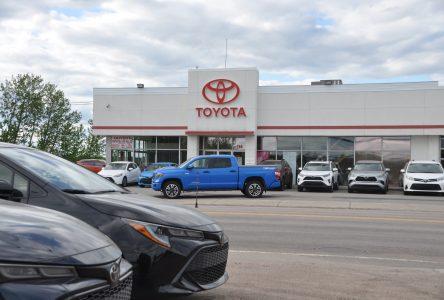 Concessionnaires automobiles : Retour en piste après un mois d'avril désastreux