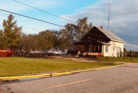 Un feu détruit une maison à Saint-Félicien