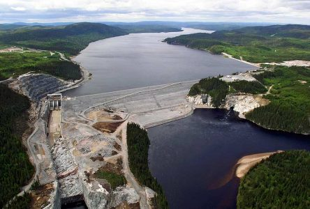ZEC des Passes-Dangereuses : Le feu se dirige vers la centrale Péribonka