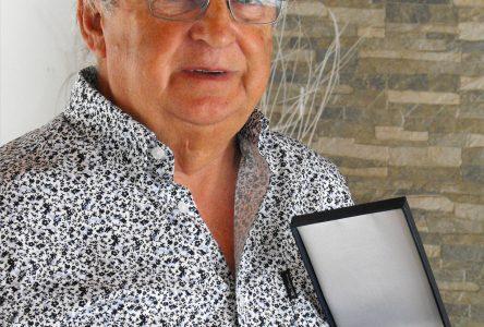 Hommage à un grand bénévole robervalois: Jacques Allard reçoit la médaille du lieutenant-gouverneur