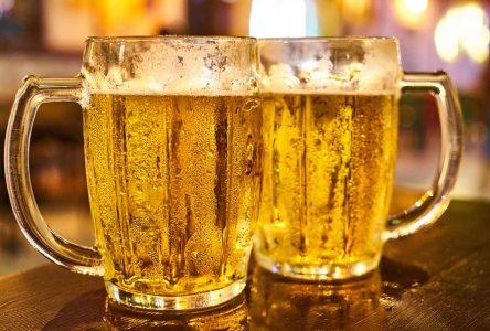 Fermeture à minuit, interdiction de danser, 50 % de capacité dans les bars