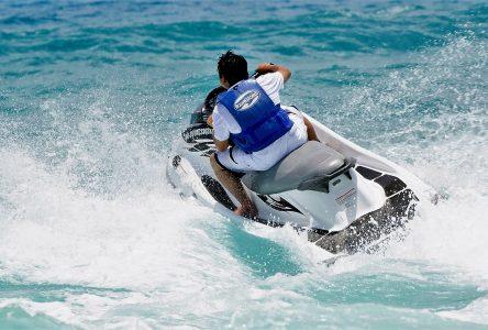 Assurer un meilleur encadrement des motomarines