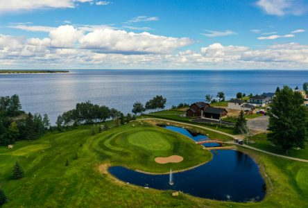 Ouverture des clubs de golf de la région