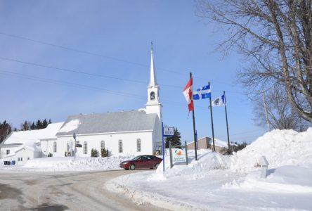 Sainte-Hedwidge mène plusieurs dossiers de front