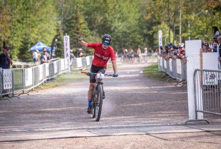 Victor Verreault grimpe sur le podium au Nouveau-Brunswick