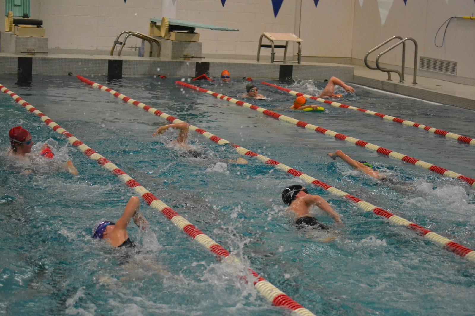 À l'aube d'une nouvelle saison: Les clubs de natation nagent en pleine confiance